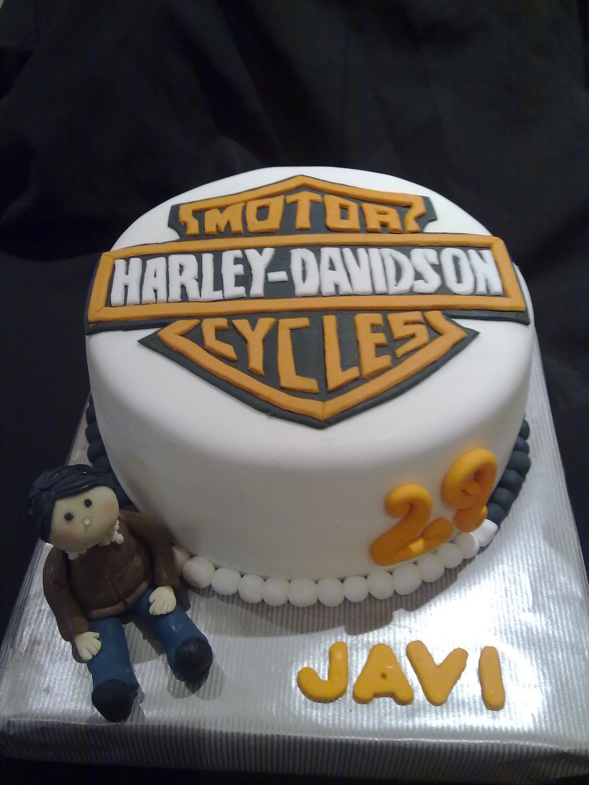Harley Davidson del pastel de bodas de lujo