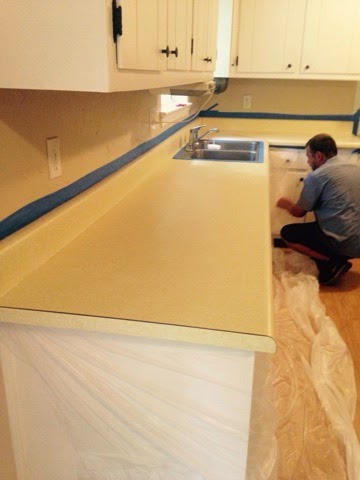 Rustoleum Countertop Paint Pewter : Countertop Transformation with Rust-oleum Countertop Coating Self ...