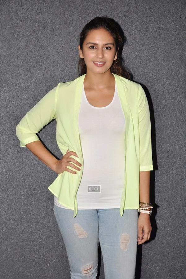 Huma Qureshi poses during the orientation meet of Thespo 16, in Mumbai, on July 14, 2014. (Pic: Viral Bhayani)