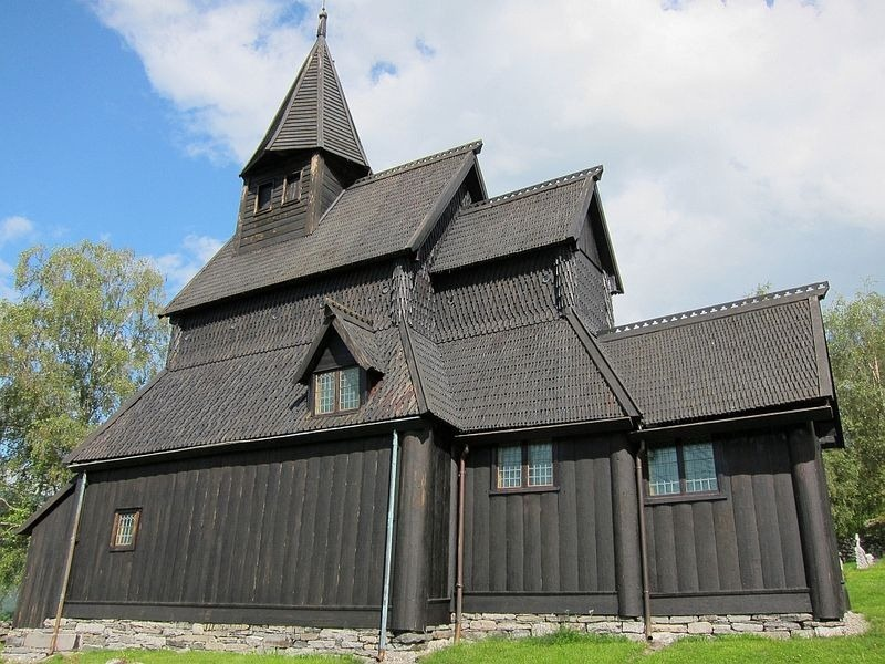 urnes-stave-church-3