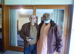 Sadhu Maharaja meets Hector Velez, who has worked many years as a pilot for Air India and lives in Peru and India
