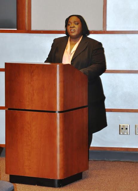 Nov. 2010: Work/Life Balance w/Angela Montgomery - DSC_3911%2B%25282%2529.JPG