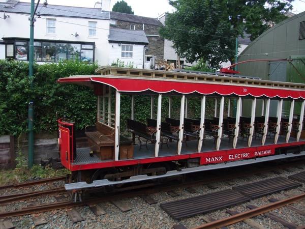 Tram 33