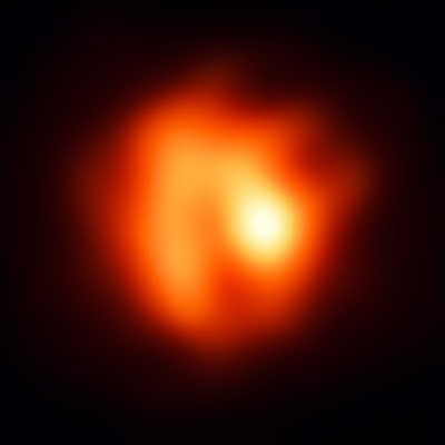A red giant sheds its skin
