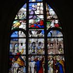 """Église Saint-Pierre de Montfort-l'Amaury : vitrail """"Ecce Homo"""""""
