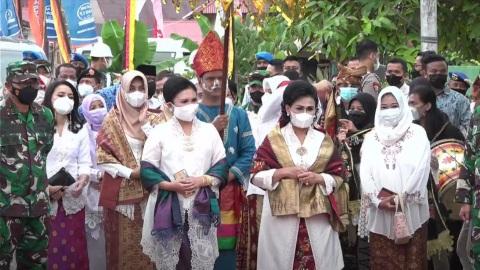 Ciptakan Wirausaha Baru di Sungai Pisang, Dekranas dan Dekranasda Bersinergi Bersama Lantamal II Padang