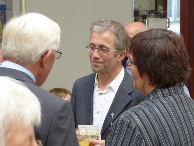 Einführungsgottedienst Pfarrer Müller 2012 - P1000880.JPG