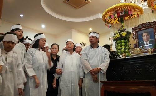 Xúc động bài thơ con gái ông Nguyễn Bá Thanh viết gửi cha - ảnh 1