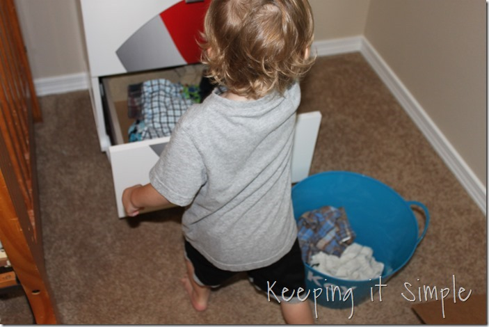 #ad Chores-That-Toddlers-Can-Do #BacktoClean (14)
