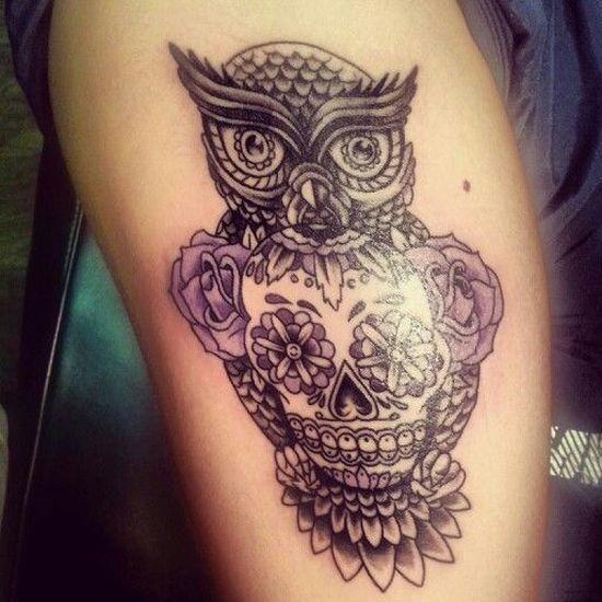 a_coruja_e_o_açcar_desenho_de_tatuagem_de_caveira