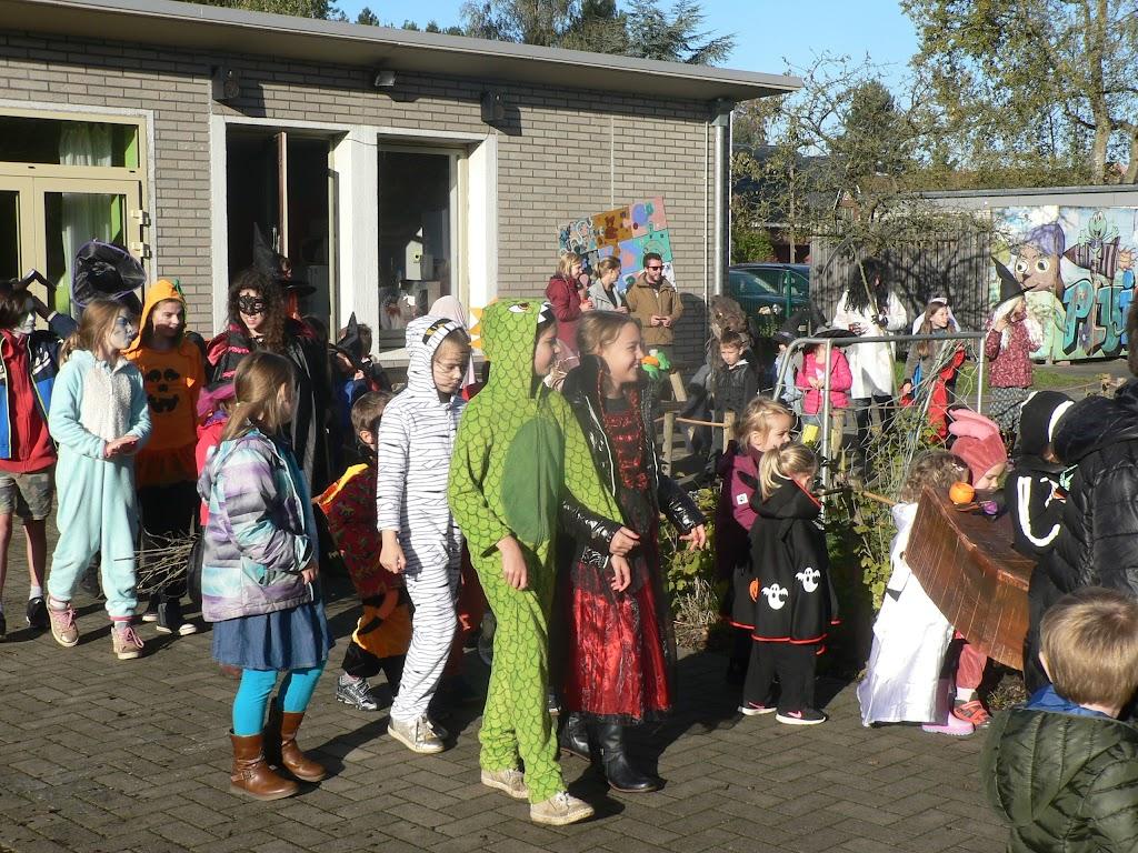 Halloween op de Pluishoek - P1270080.JPG