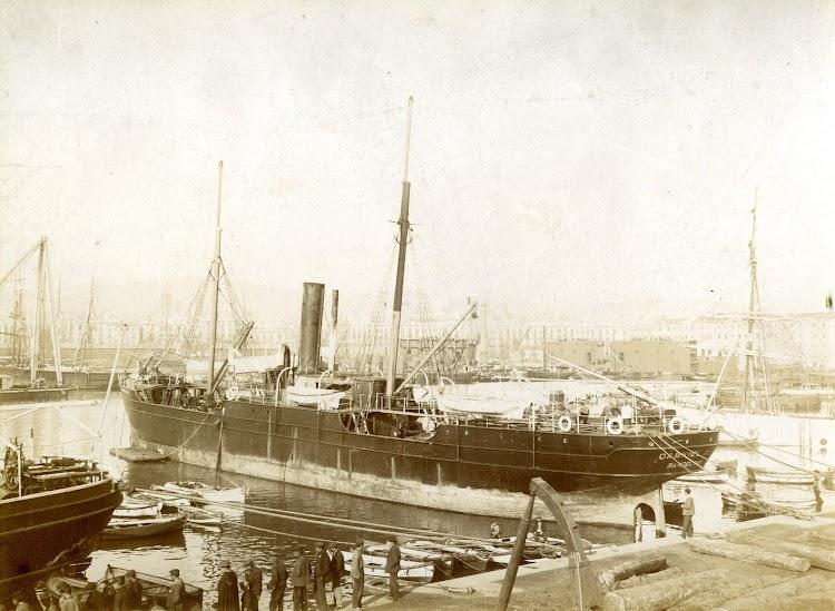 El vapor GABRIEL RIUS en Barcelona. El vapor GABRIEL RIUS. En la foto se lee A. Merletti.tif