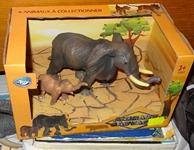 412 01-figurine avec bébé