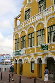 Colourful shop, Willemstad, Curaçao