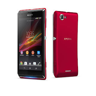 10_Xperia_L_Red_Group.jpg
