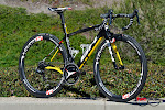 Team Direct Energie BH G6 Pro Complete Bike at twohubs.com