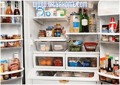 Kulkas Penyimpanan Makanan dan Minuman