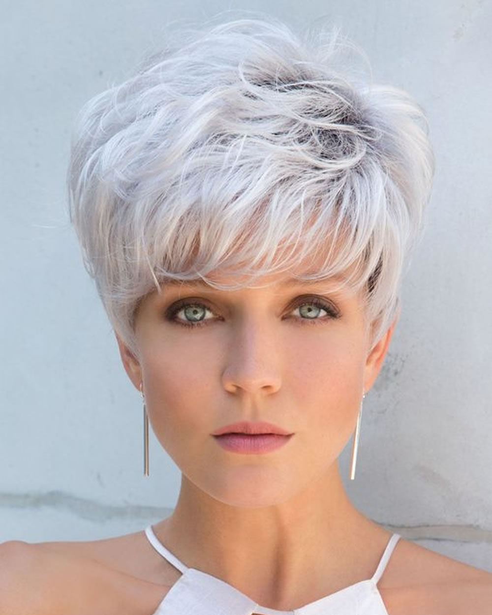 Short Hair Cut 2018 - Bob & Pixie Hair Styles for Ladies - Fashionre