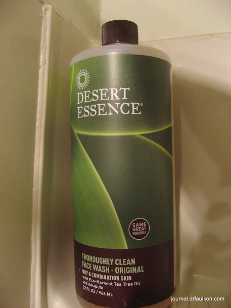Desert Essence Thoroughly Clean Face Wash Review