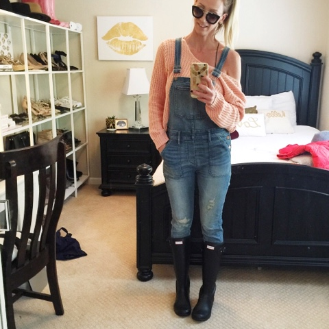 the best overalls hunter rain boots shaker stitch sweater