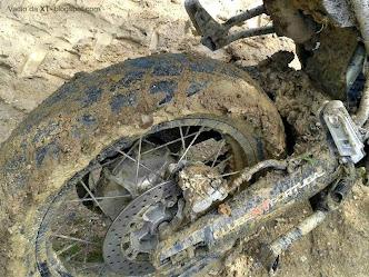 TV RURAL está de volta... XT+Rural+com+bons+pneus
