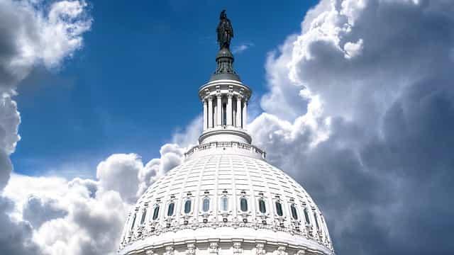 Capitol 570653 640