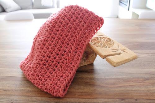 Not 2 late to craft: Coll de ganxet amb patró gratuït / Chunky crochet cowl free pattern