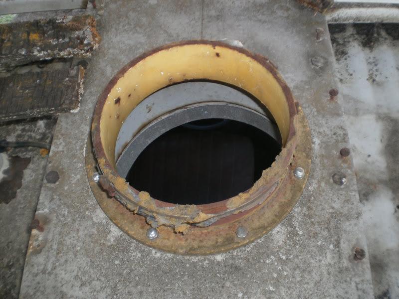HY de ORTF à suspension hydropneumatique P7020095