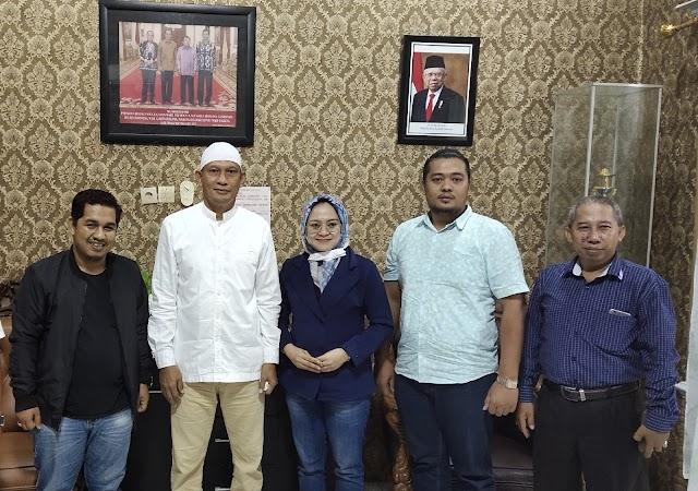 Sambangi Burhanuddin di Kotabaru, Mila Karmila; Ucapan Selamat Kepada Yang Pantas Menerima