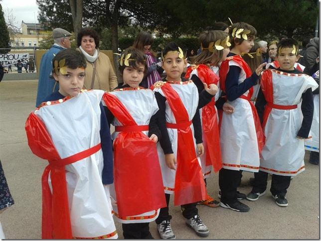 disfraz de romano y romana (2)