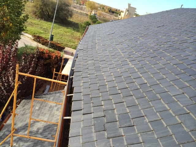Reparacion de tejados de pizarra san jos reparaci n por for Reparacion de tejados de madera