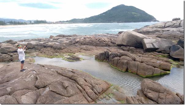 praia-da-ferrugem-piscinas-naturais