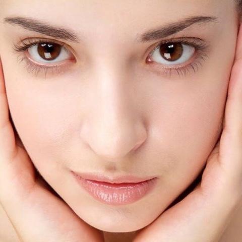 Tips Kecantikan : Cantikkan Wajah Dengan Ais Kiub