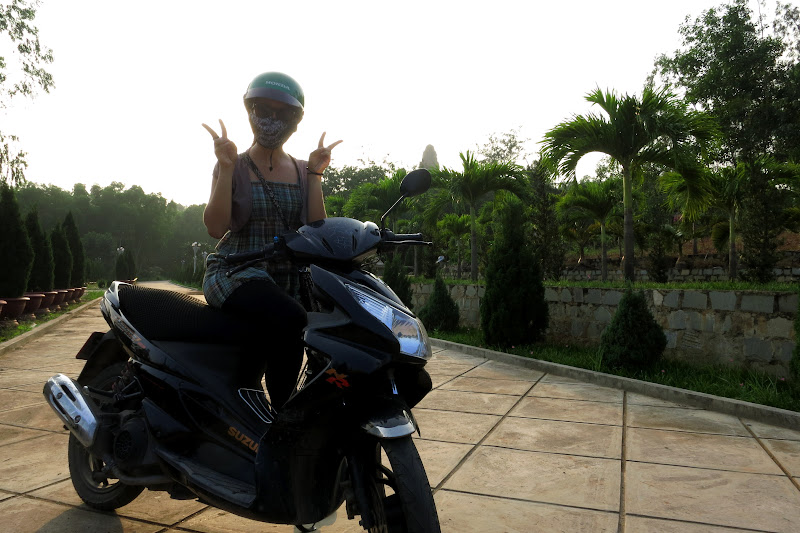 Alicia on the moped