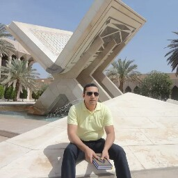 Omar Abdelaziz Photo 8