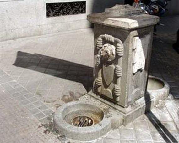 Habrá más fuentes públicas de agua potable en la vía pública. Imagen fuente http://aavvmadrid.org/