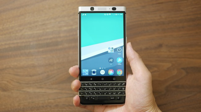 BlackBerry-KEYone-11