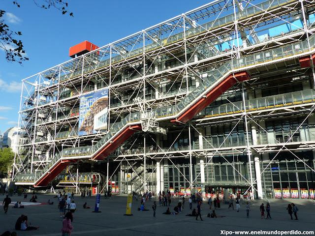 centro-pompidou-paris.JPG