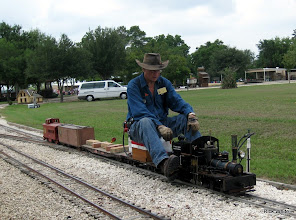 Photo: Doug Blodget with his 1.5 inch scale, narrow gauge Shay on 4.75 inch gauge track.    HALS 2009-0919