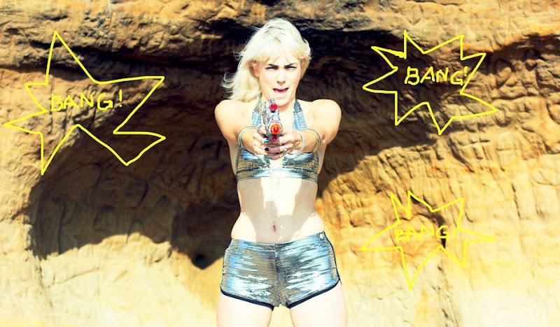 Disco Bikini Bang!