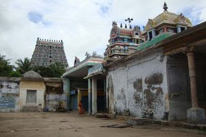 Mayiladuthurai Temple Inside View 02