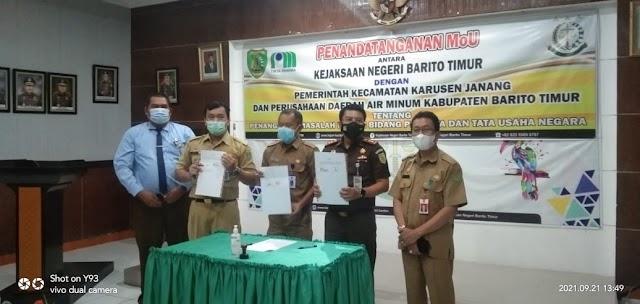 PDAM dan Kecamatan Karusen Janang Teken MoU dengan Kejari Bartim