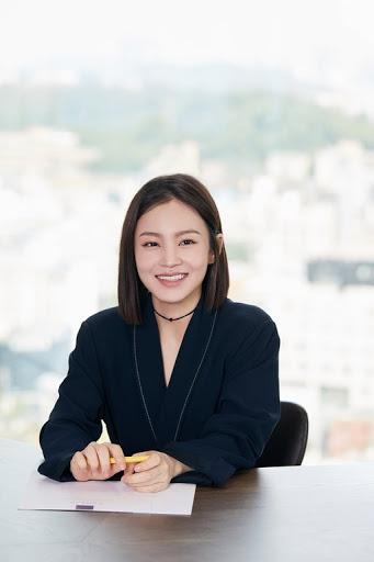 Lee Hi Press Conference for 24′ Ep #LeeHi