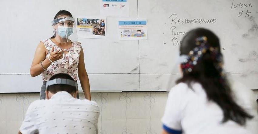 SUTEP cuestiona aumento de sueldo a maestros para el 2022