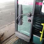 kapotte achter deur van de Mercedes Citaro van Connexxion bus 9121