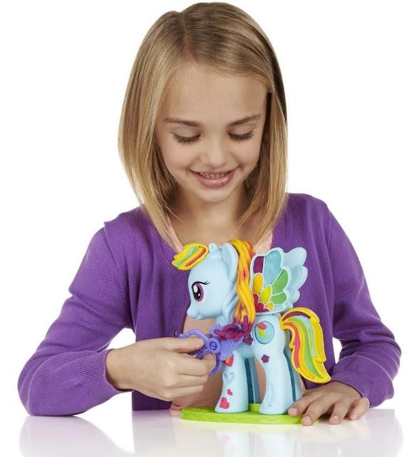 Bột nặn Trang trí My Little Pony Play-Doh B0011 giúp bé rèn luyện đôi thay kheo léo