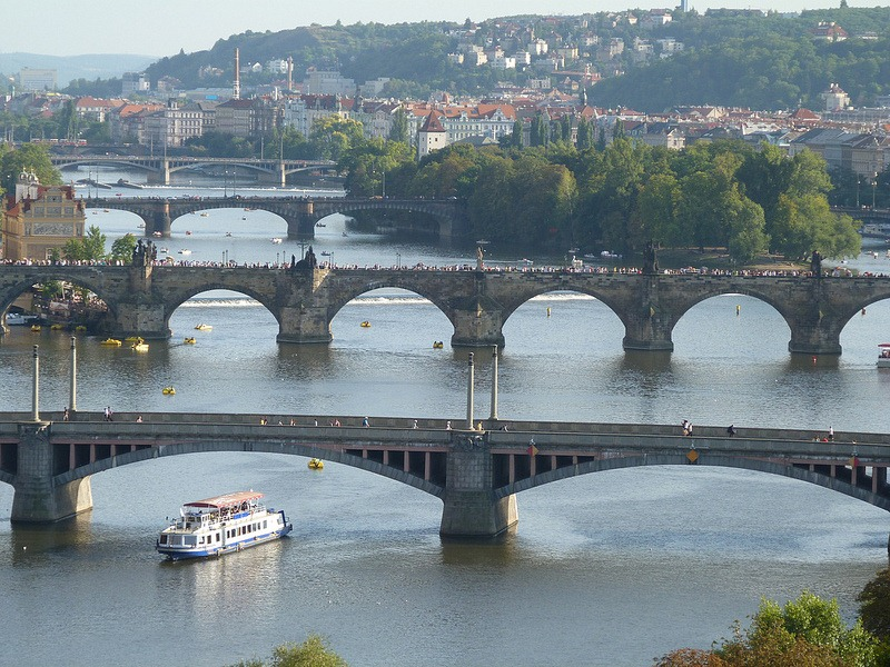 prague-bridges-9