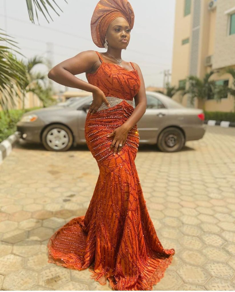 98 Edition Of #Ebfablook - Do You Wana be Star Woman? Here's The new Aso Ebi Styles for you