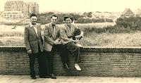 Monden, Cornelis en Gerardus en Vis Annie 1952.jpg