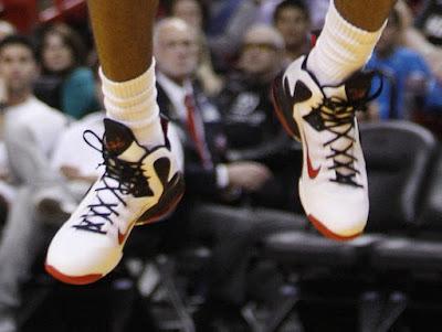 timeline 120101 shoe lebron9 home 2011 12 Timeline